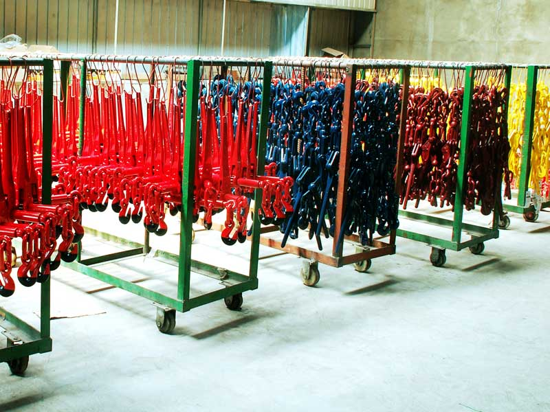 Colored lacquered levers from the production of Qinde Rigging Hardware from China