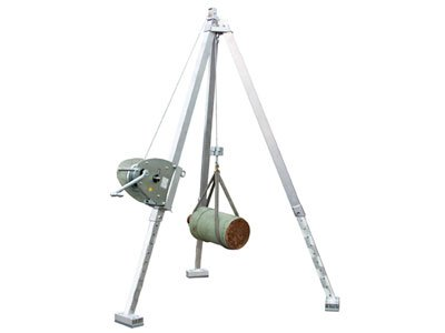 Example of an aluminum tripod with a hand winch from Schilling Gerätebau